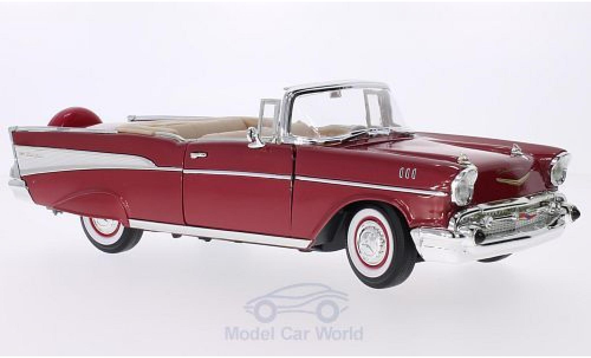 Chevrolet Bel Air 1957 1/18 Lucky Die Cast Convertible metallic-rouge/blanche 1957