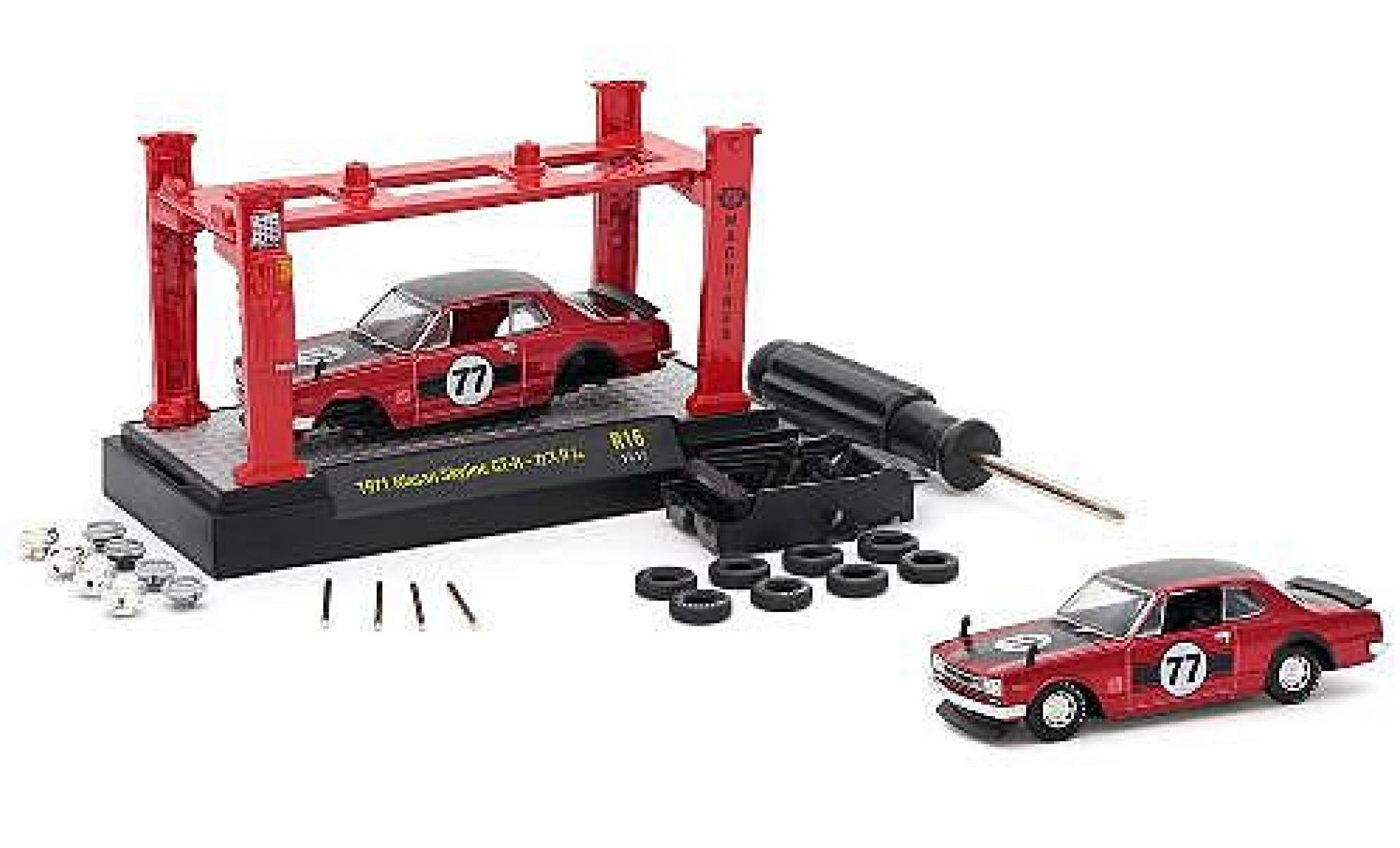 Nissan Skyline 1/64 M2 Machines GT-R rouge 1971 Model-Kit Kit y compris les 4 Ersatzrädern