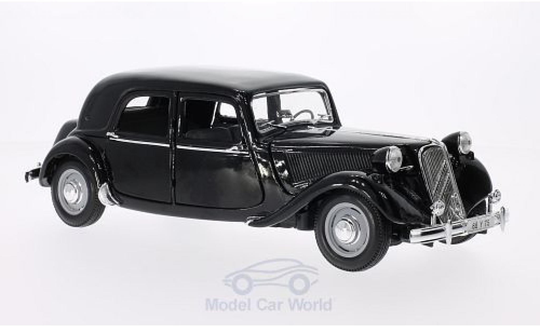 diecast citroen traction 1  18 maisto 15 cv black 1952
