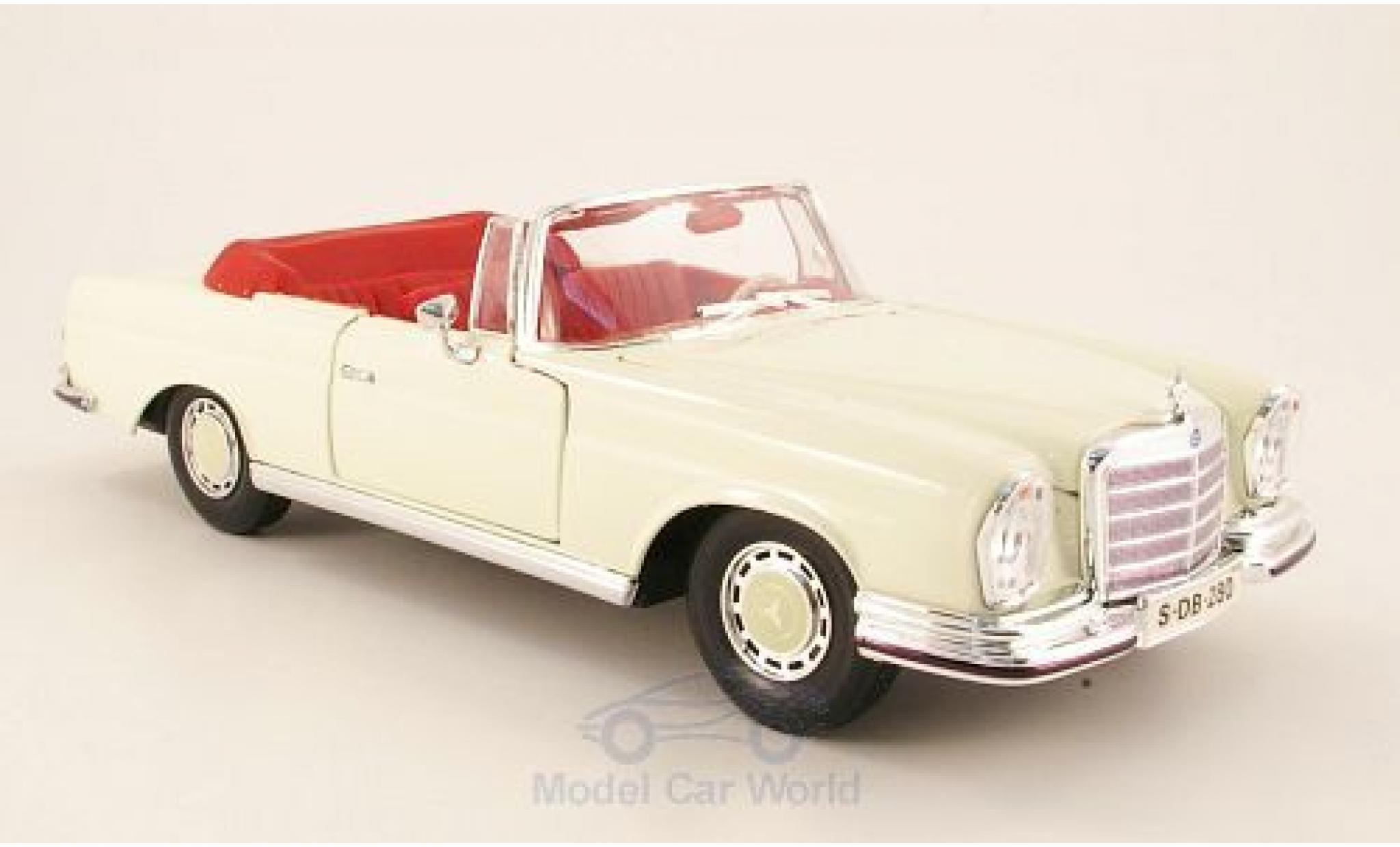 Mercedes 280 SE 1/18 Maisto SE (W111) Cabriolet hellbeige 1966
