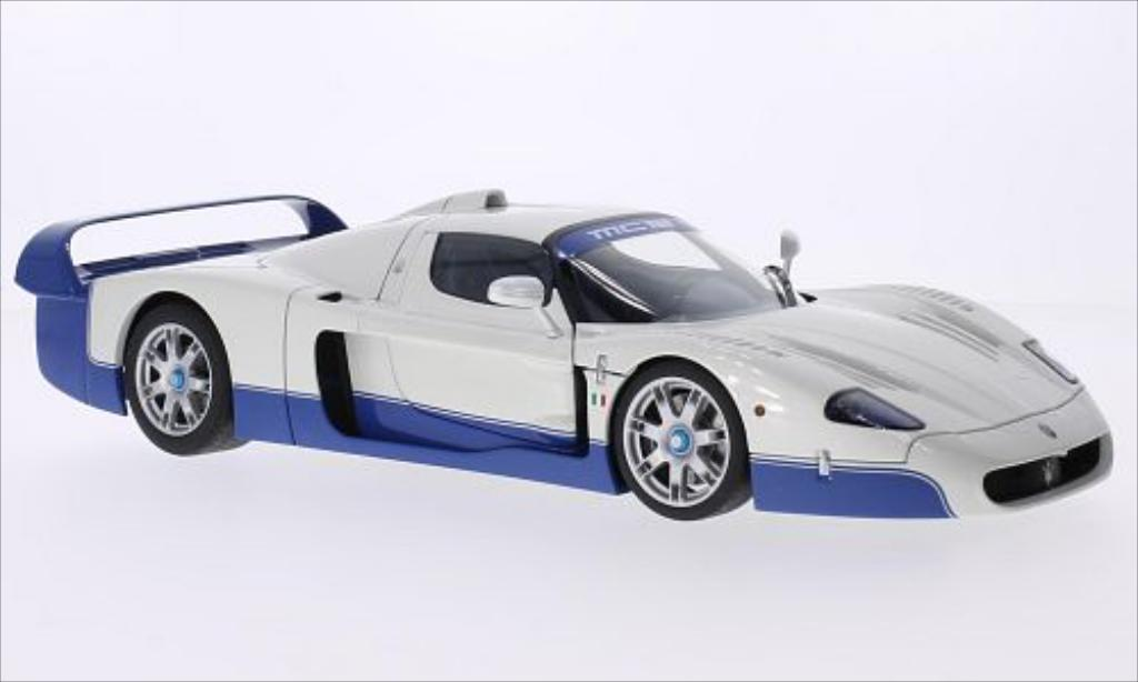 Maserati MC12 1/18 Autoart metallise white 2004 diecast model cars