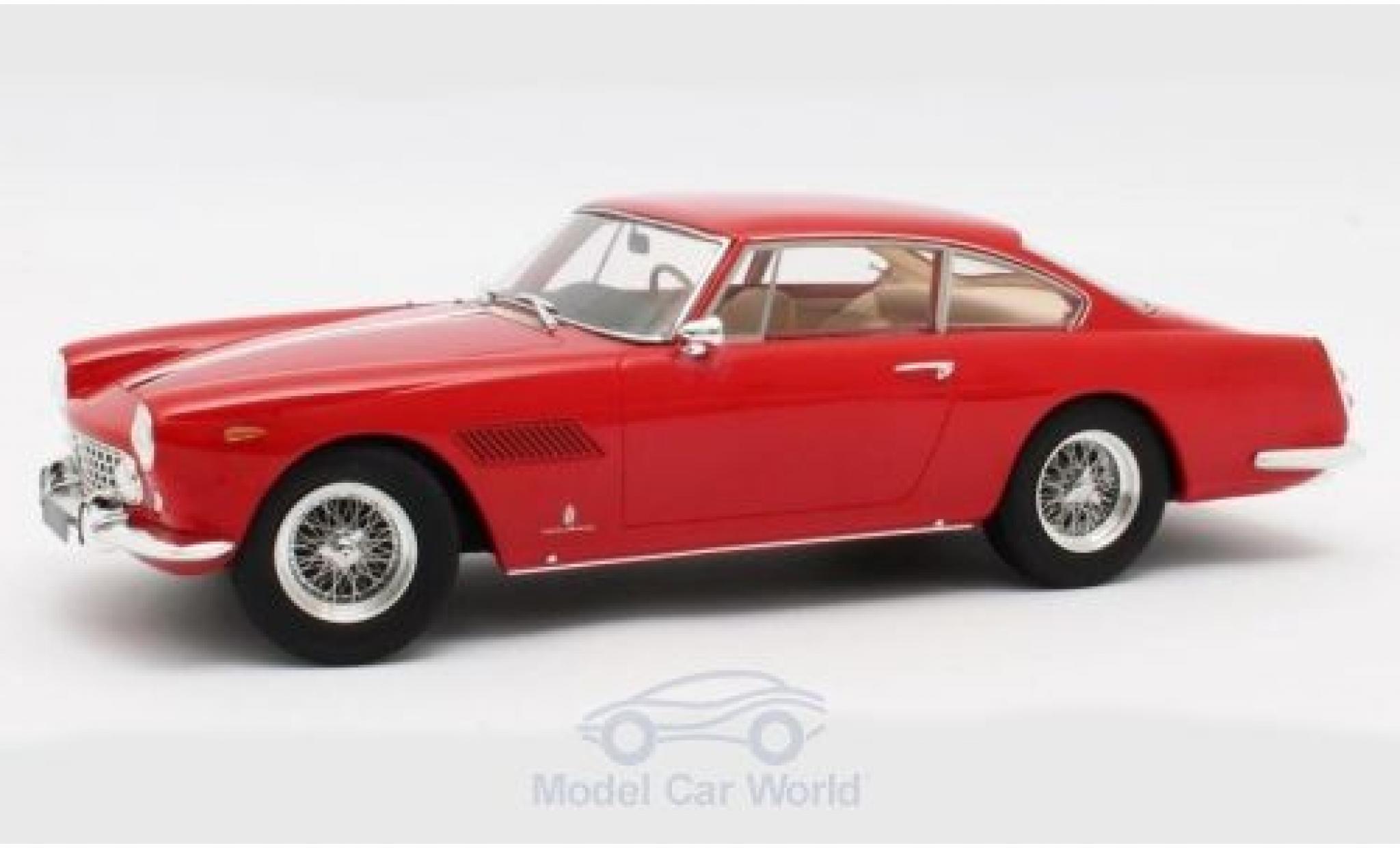 Ferrari 250 1/18 Matrix GTE 2+2 rouge 1960