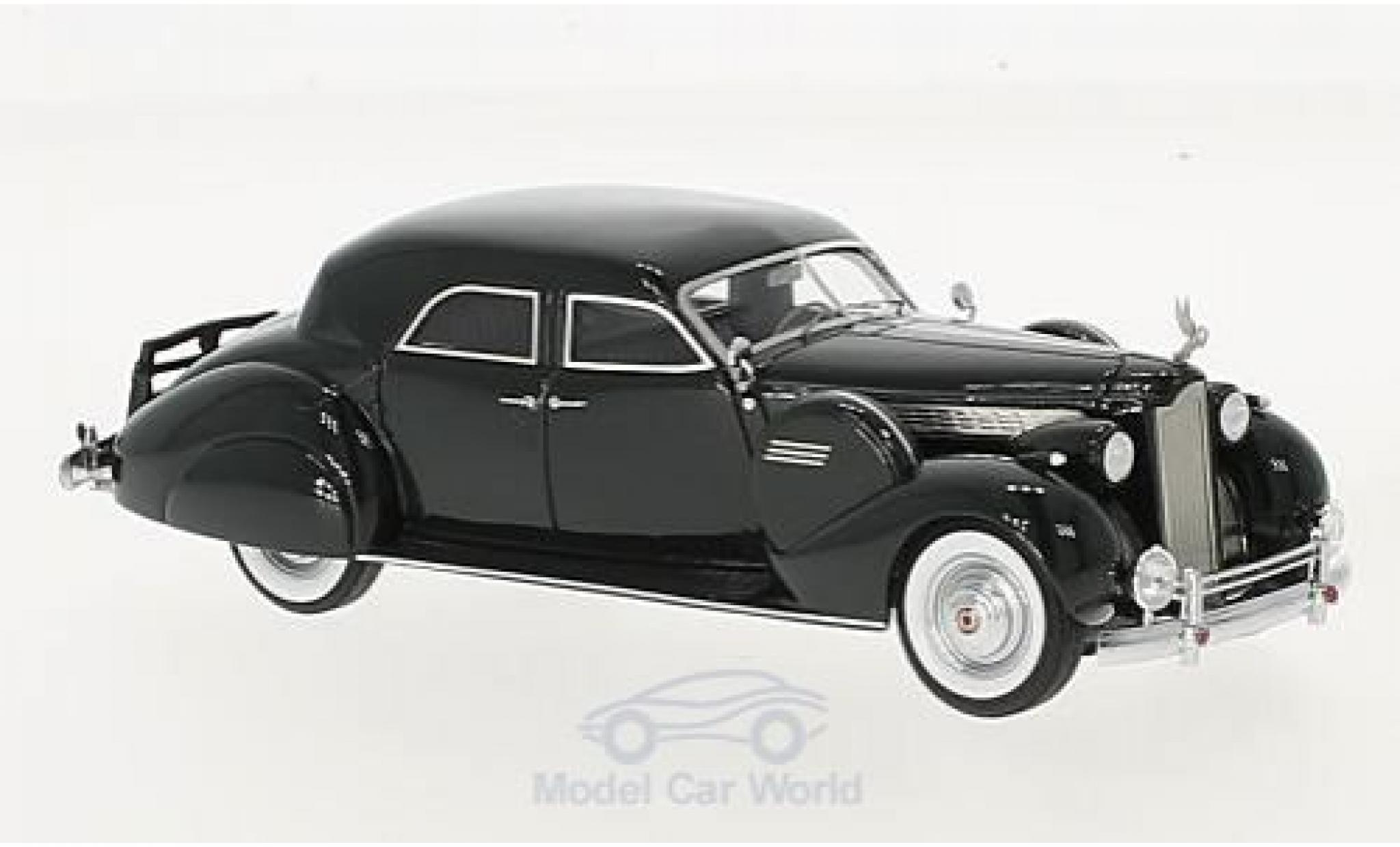 Packard Super 8 1/43 Matrix Sport Sedan by Darrin verte 1940