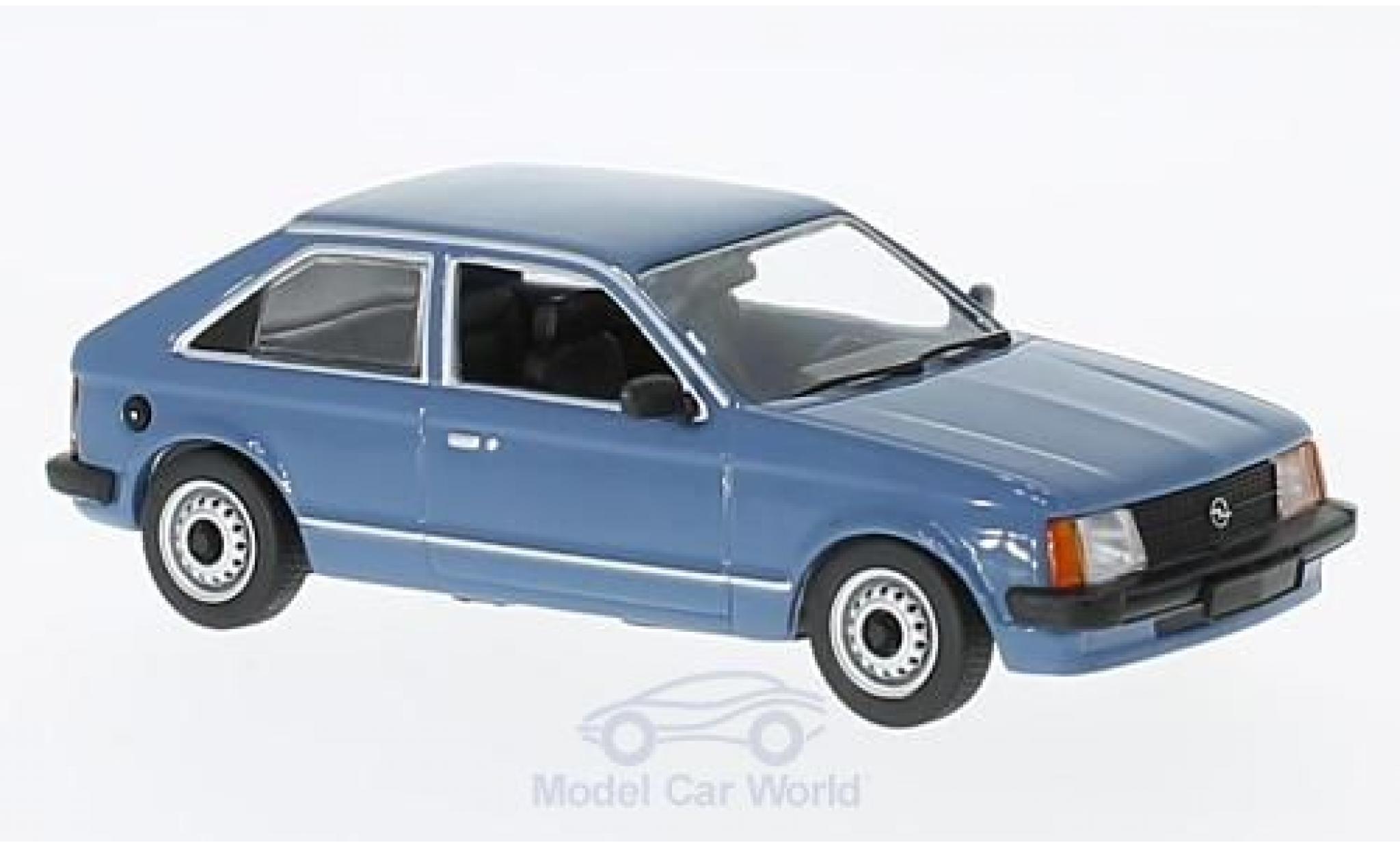 Opel Kadett 1/43 Maxichamps D bleue 1979