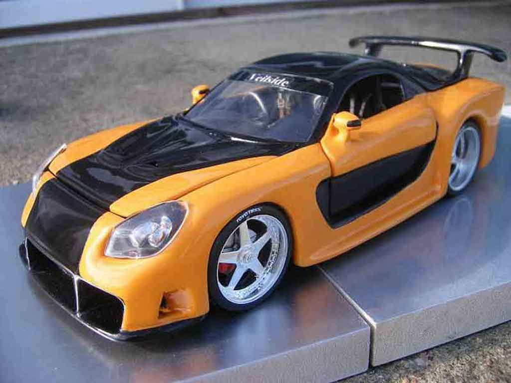Mazda RX7 1/18 Jada Toys kit veilside fast and furious 3 tuning diecast