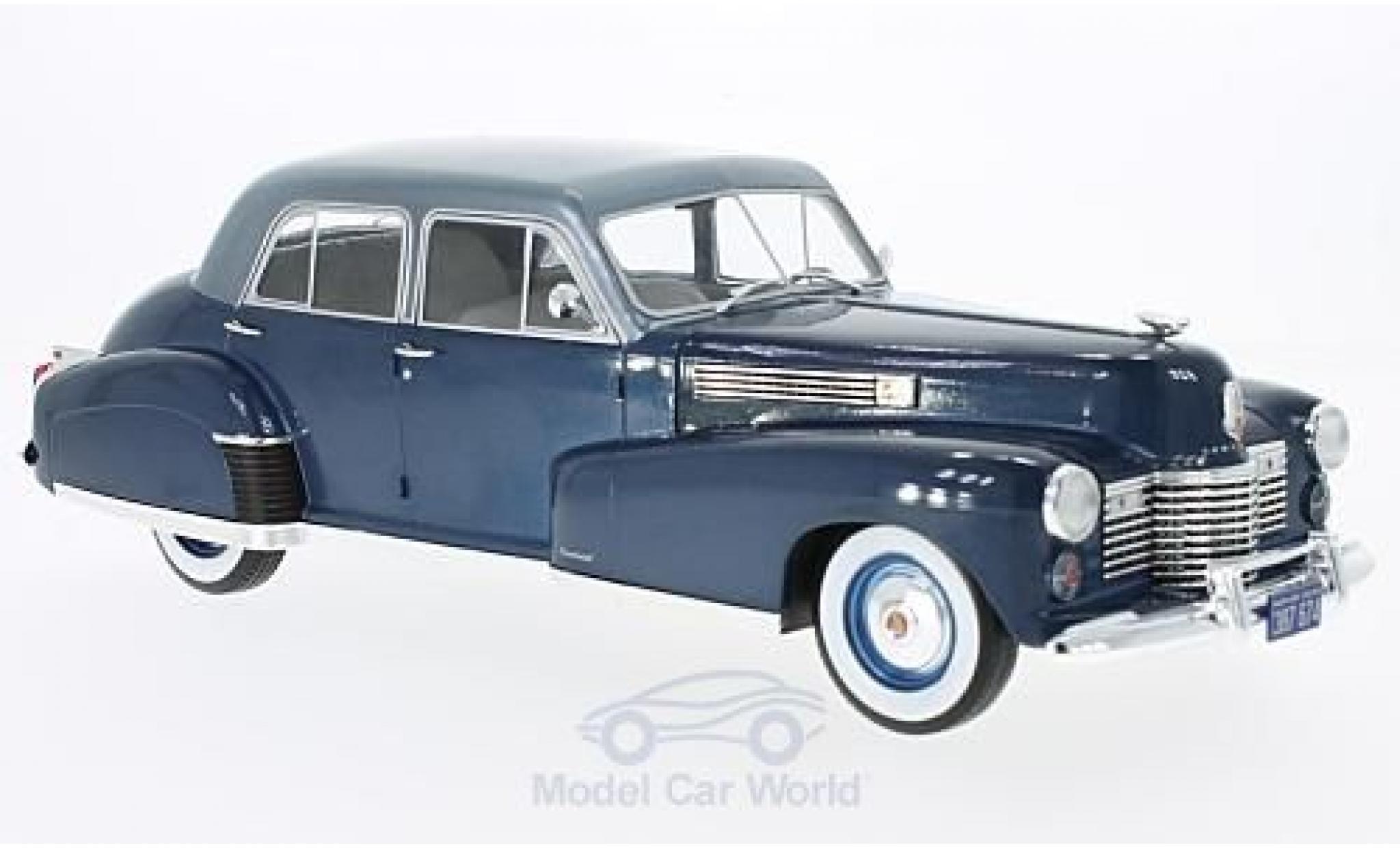 Cadillac Fleetwood 1/18 MCG Series 60 Special Sedan metallise blue/metallise blue 1941