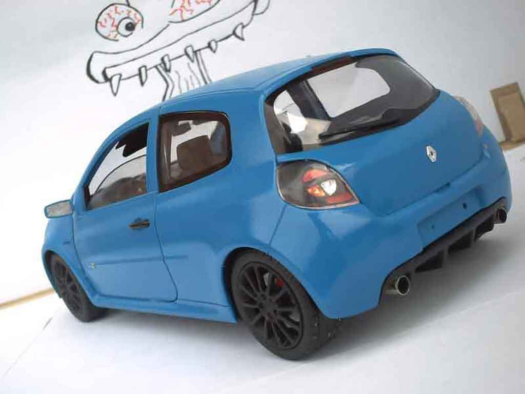 Renault Clio 3 RS 1/18 Solido sport