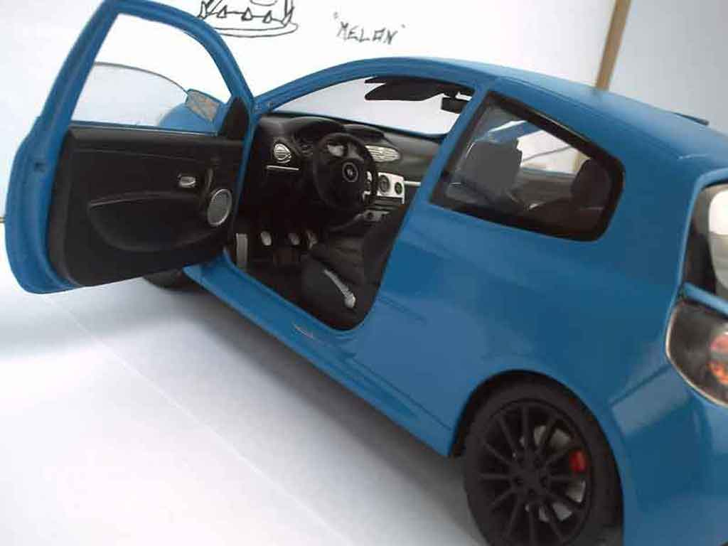 renault clio 3 rs miniature sport solido 1 18 voiture. Black Bedroom Furniture Sets. Home Design Ideas