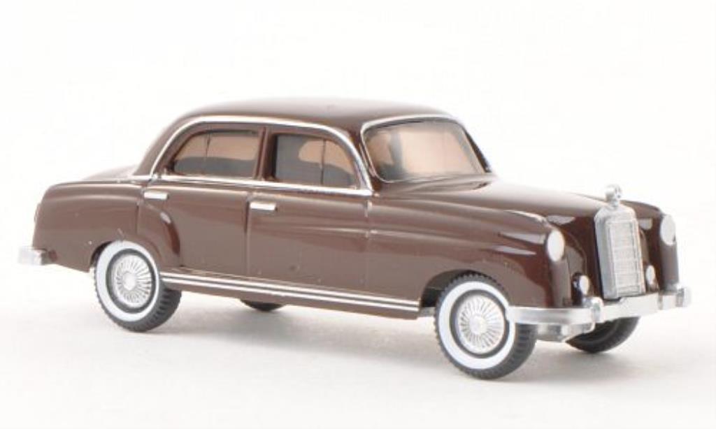 Mercedes 220 1/87 Wiking marron miniature
