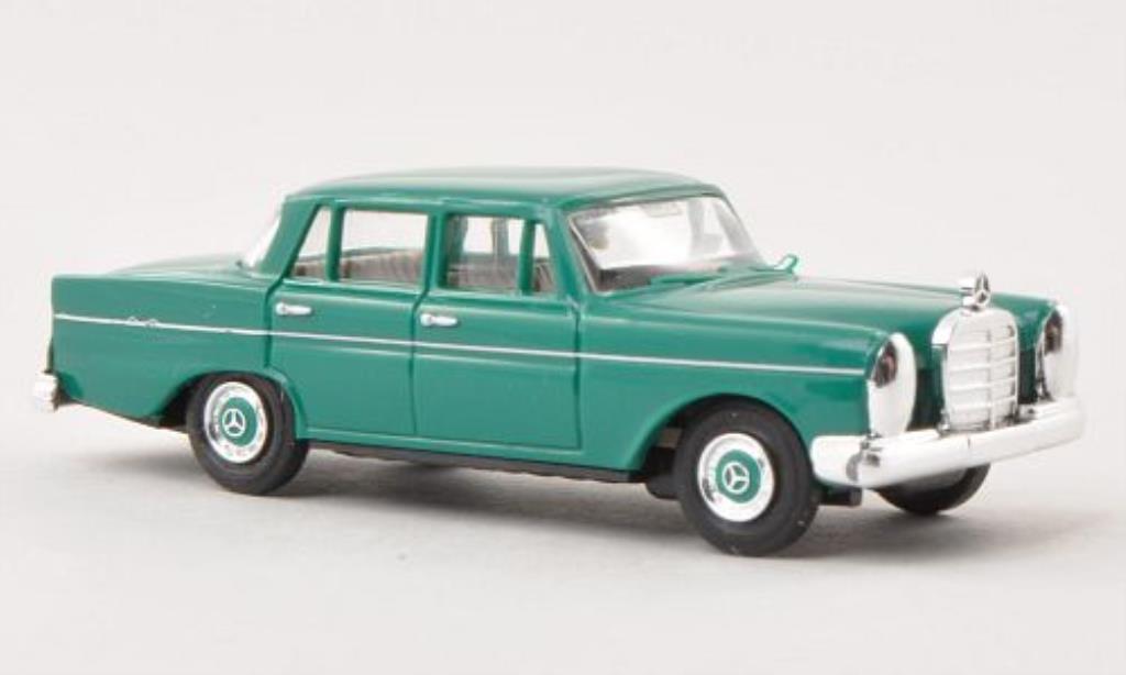 Mercedes 220 1/87 Busch verte 1959 miniature