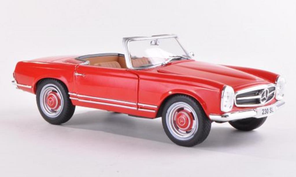 Mercedes 230 SL 1/24 WhiteBox (W113) rouge 1965 miniature