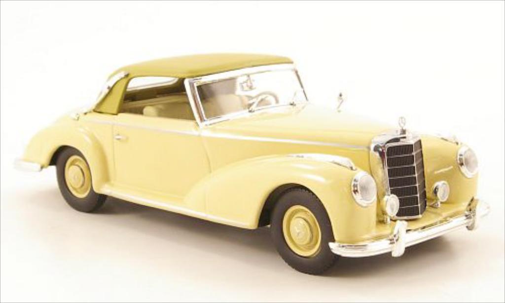 Mercedes 300 S 1/43 Minichamps Cabriolet A (W188 I) beige/beige CA 1951 miniature