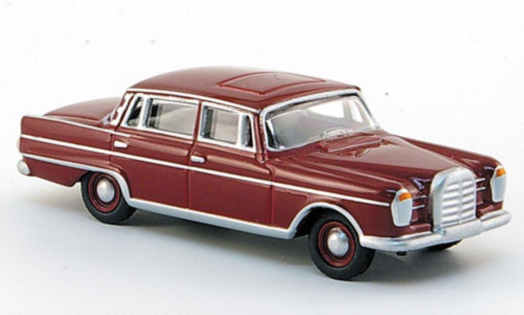 Mercedes 300 SE 1/87 Bub SE Heckflosse rouge miniature