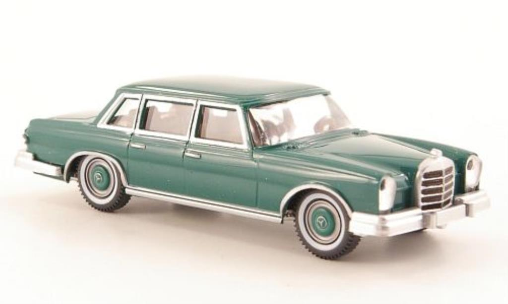 Mercedes 600 1/87 Wiking (W100) grun miniature