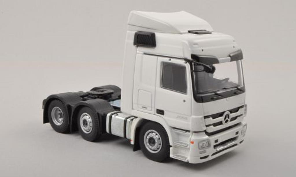 Mercedes Actros 1/50 Tekno L MP3 blanche 6x2 Zugmaschine miniature