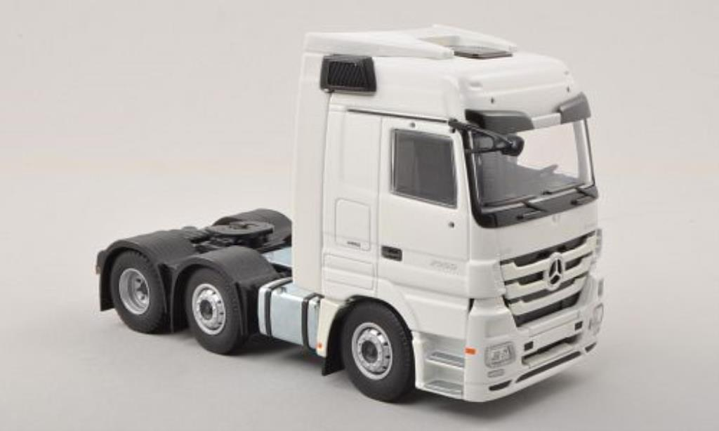 Mercedes Actros 1/50 Tekno LH MP3 blanche 6x2 Zugmaschine miniature