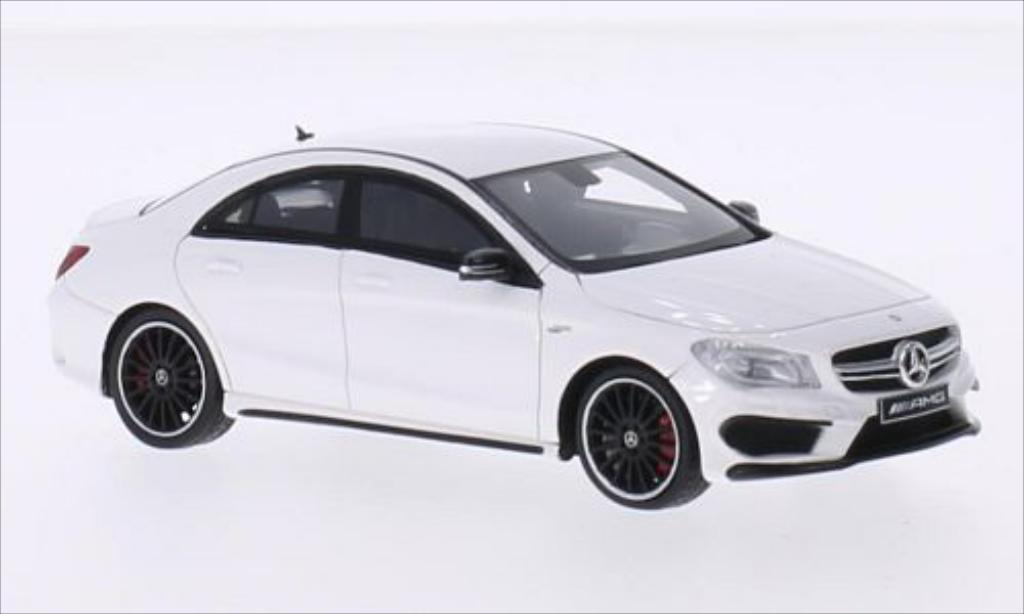 Mercedes CLA 1/43 Spark 45 AMG blanche 2014 miniature