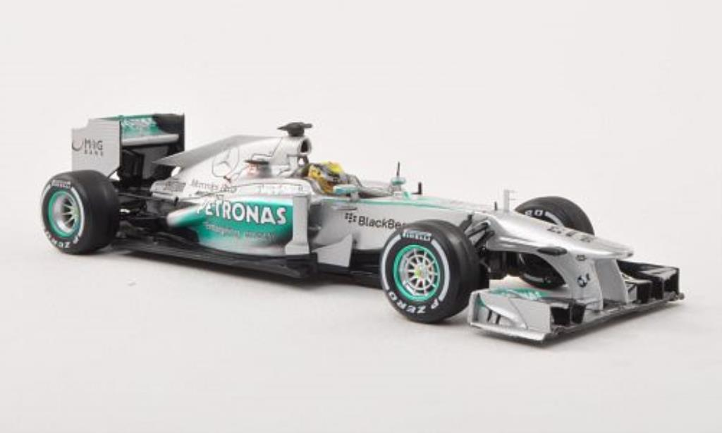 Mercedes F1 1/43 Spark W04 No.9 Petronas GP Grossbritannien 2013 miniature