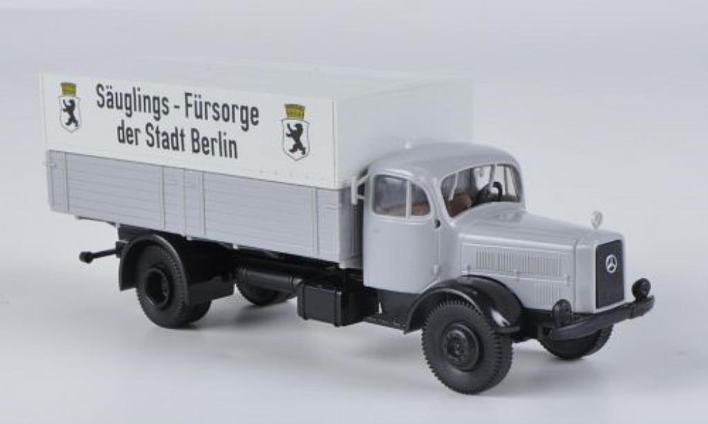 Mercedes L4500 1/87 Brekina Sauglings-Fursorge der Stadt Berlin miniature