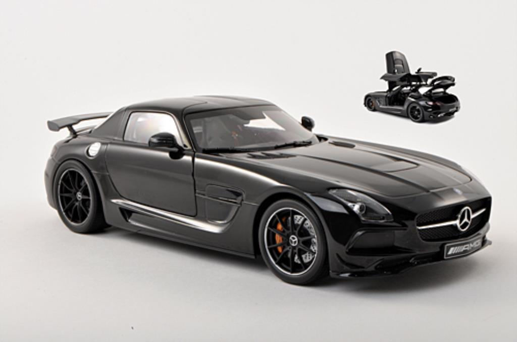 Mercedes SLS 1/18 Minichamps AMG Black Series noire 2013 miniature
