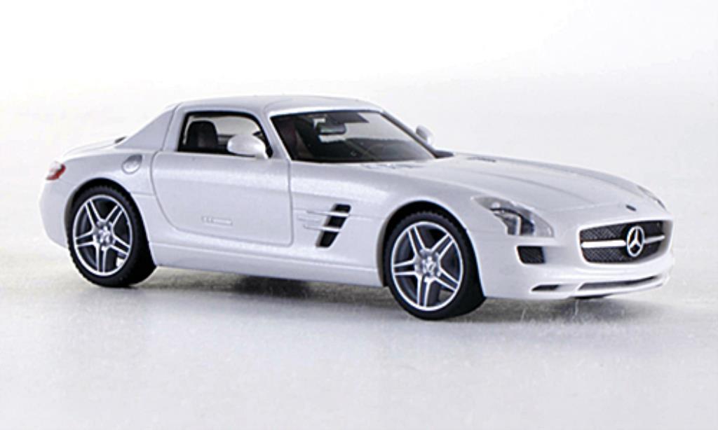 Mercedes SLS 1/87 Herpa AMG blanche miniature