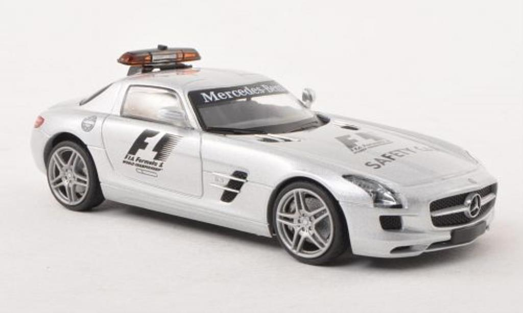 Mercedes SLS 1/43 Schuco AMG Safety Car F1 miniature