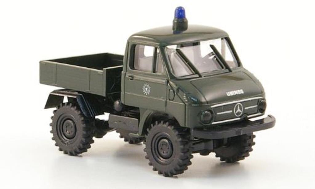 Mercedes Unimog 411 Pritsche Polizei Brekina. Mercedes Unimog 411 Pritsche Polizei Police miniature 1/87