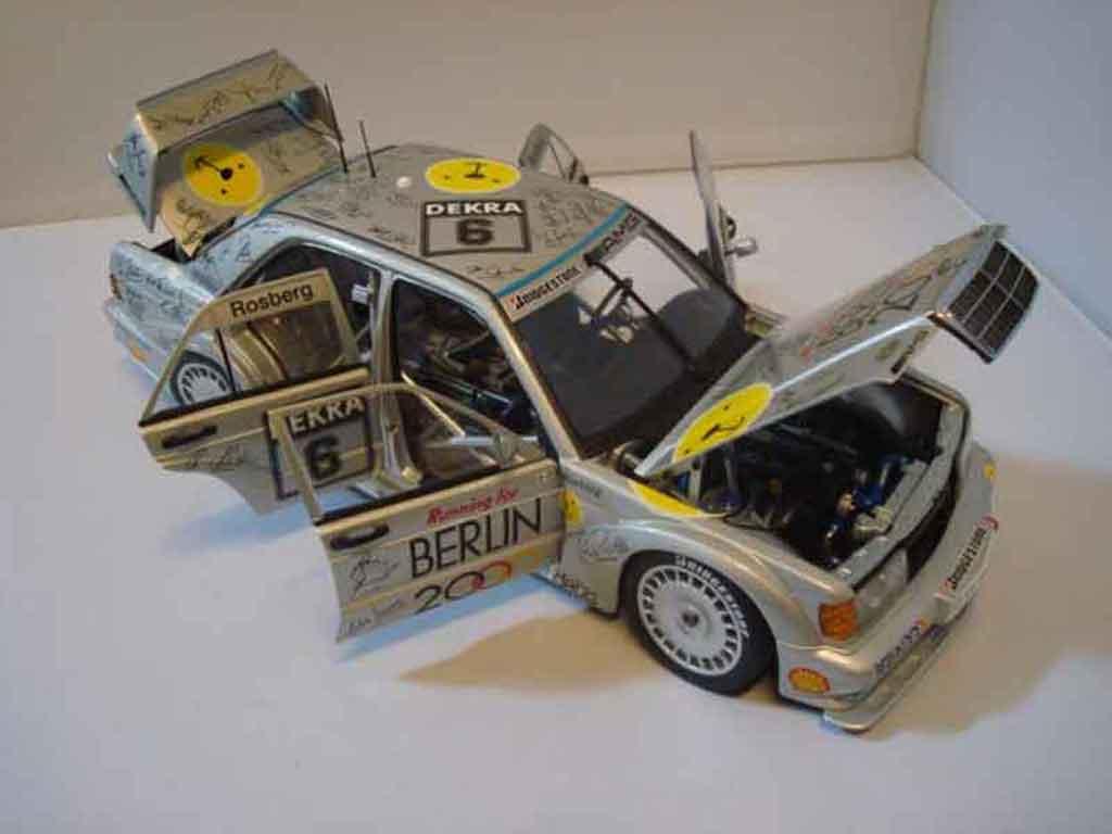 Mercedes 190 Evo 1/18 Autoart e 2,5 16v evo2 dtm 1992