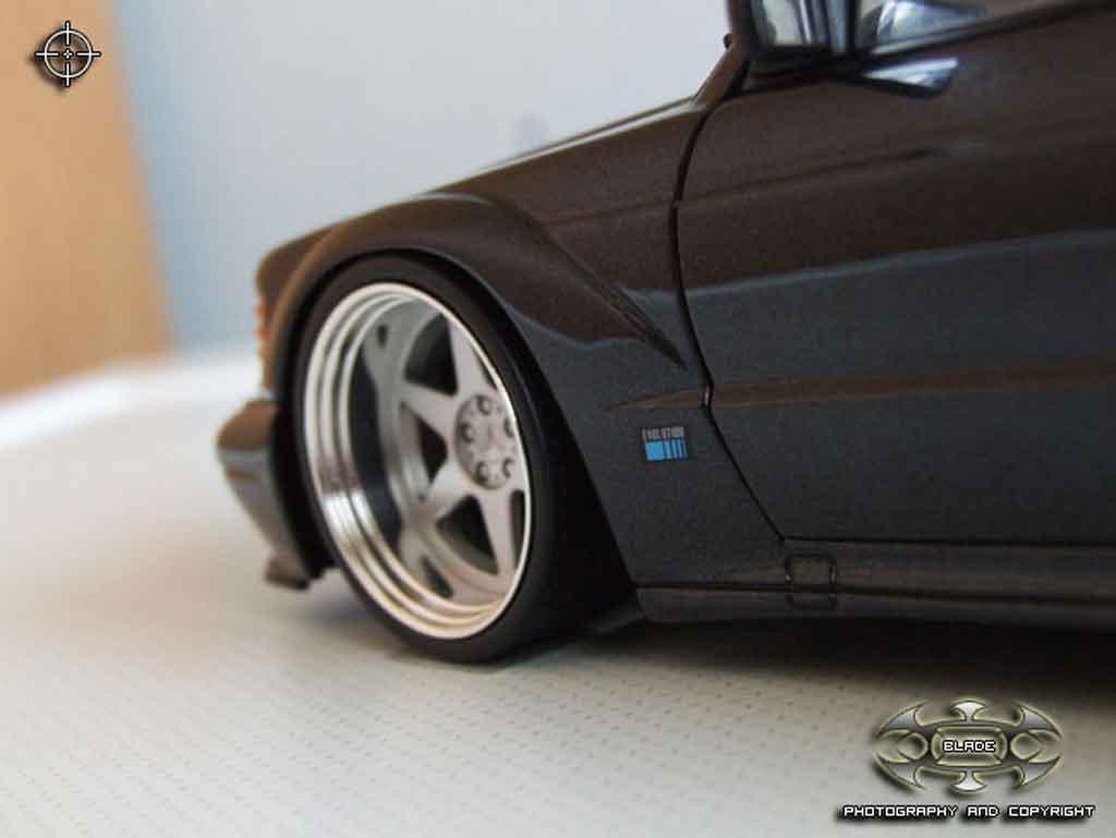 Mercedes 190 Evo 1/18 Autoart 2.5 16 evolution 2 jantes bords larges