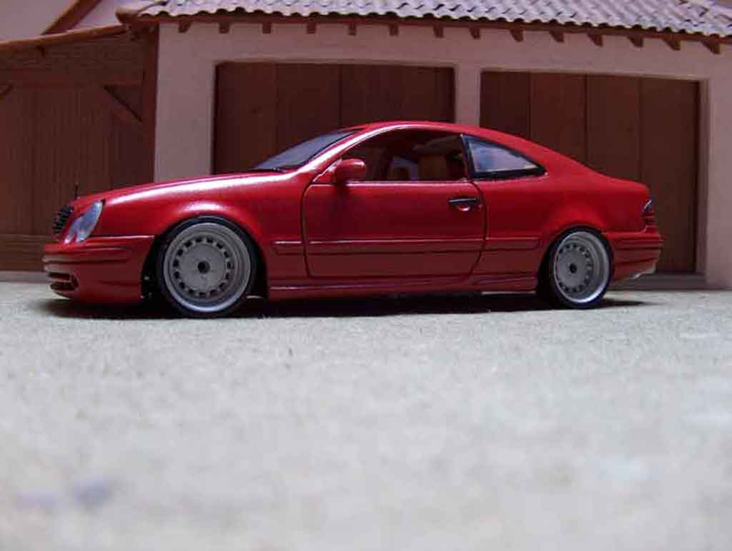 Mercedes Classe CLK AMG 1/18 Anson german look red candy