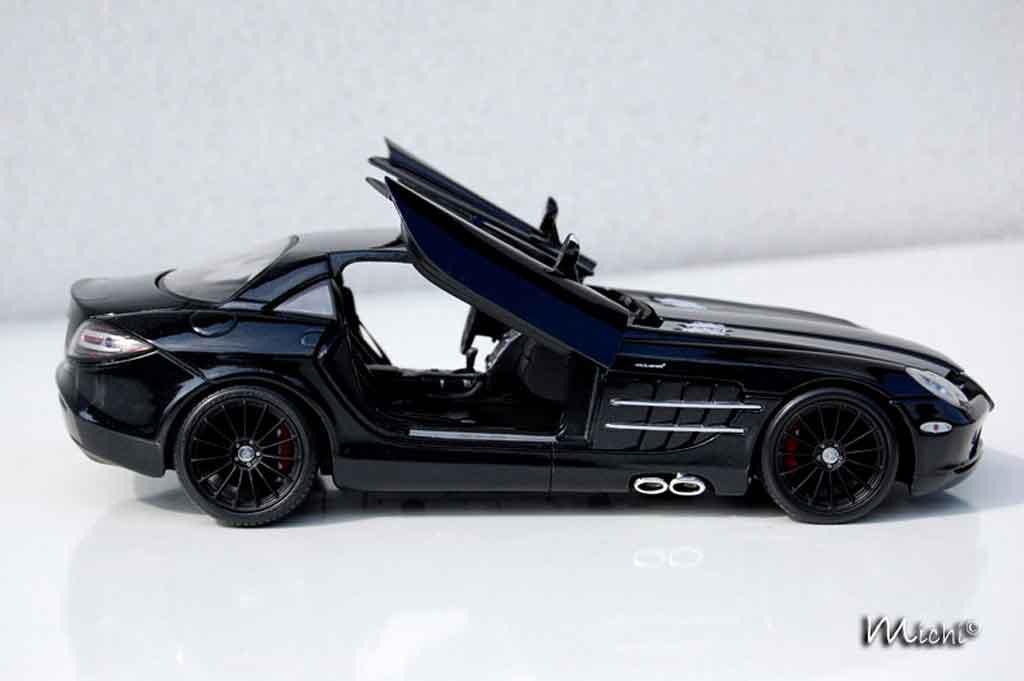 Mercedes SLR 1/18 Maisto mac laren black