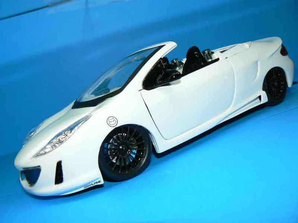 Peugeot 307 CC 1/18 Solido concept car