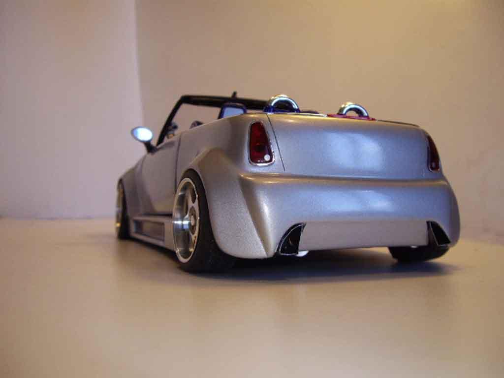 Mini Cooper S 1/18 Welly kit carrosserie complet koenigseder