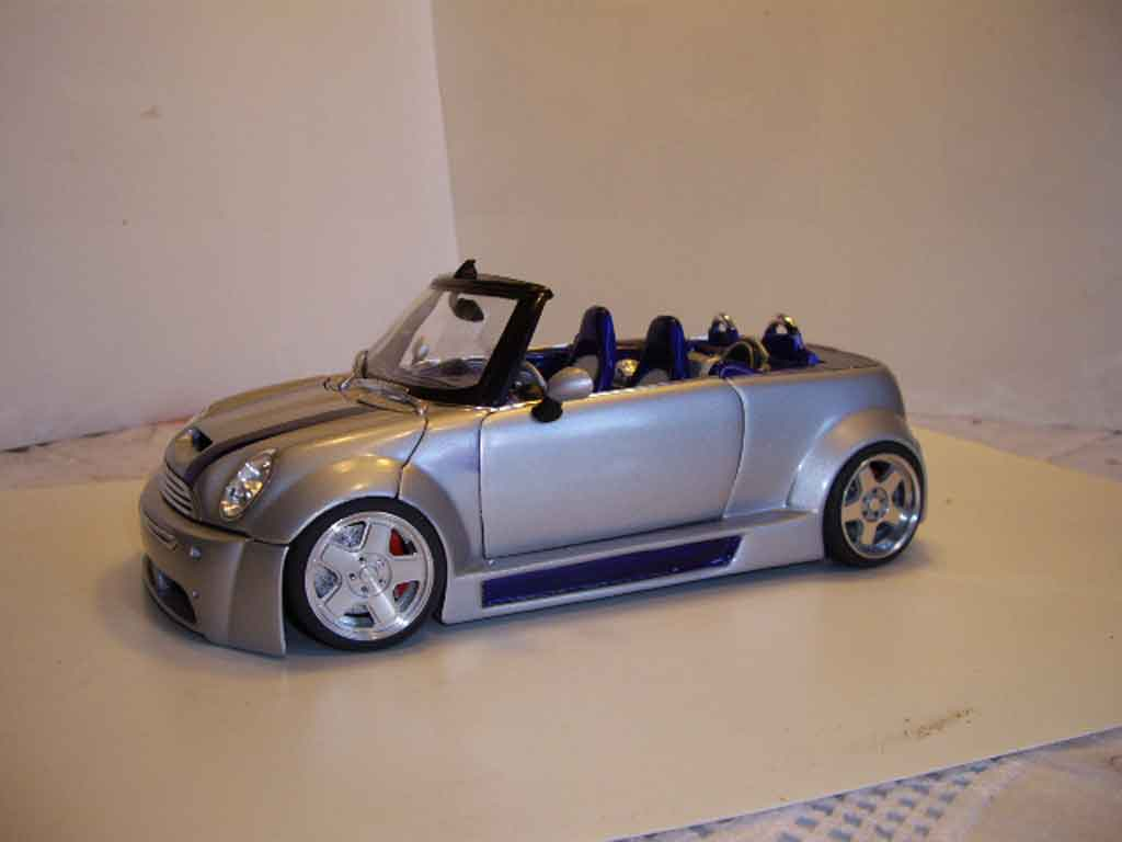 Mini Cooper S 1/18 Welly kit carrosserie complet koenigseder tuning diecast model cars