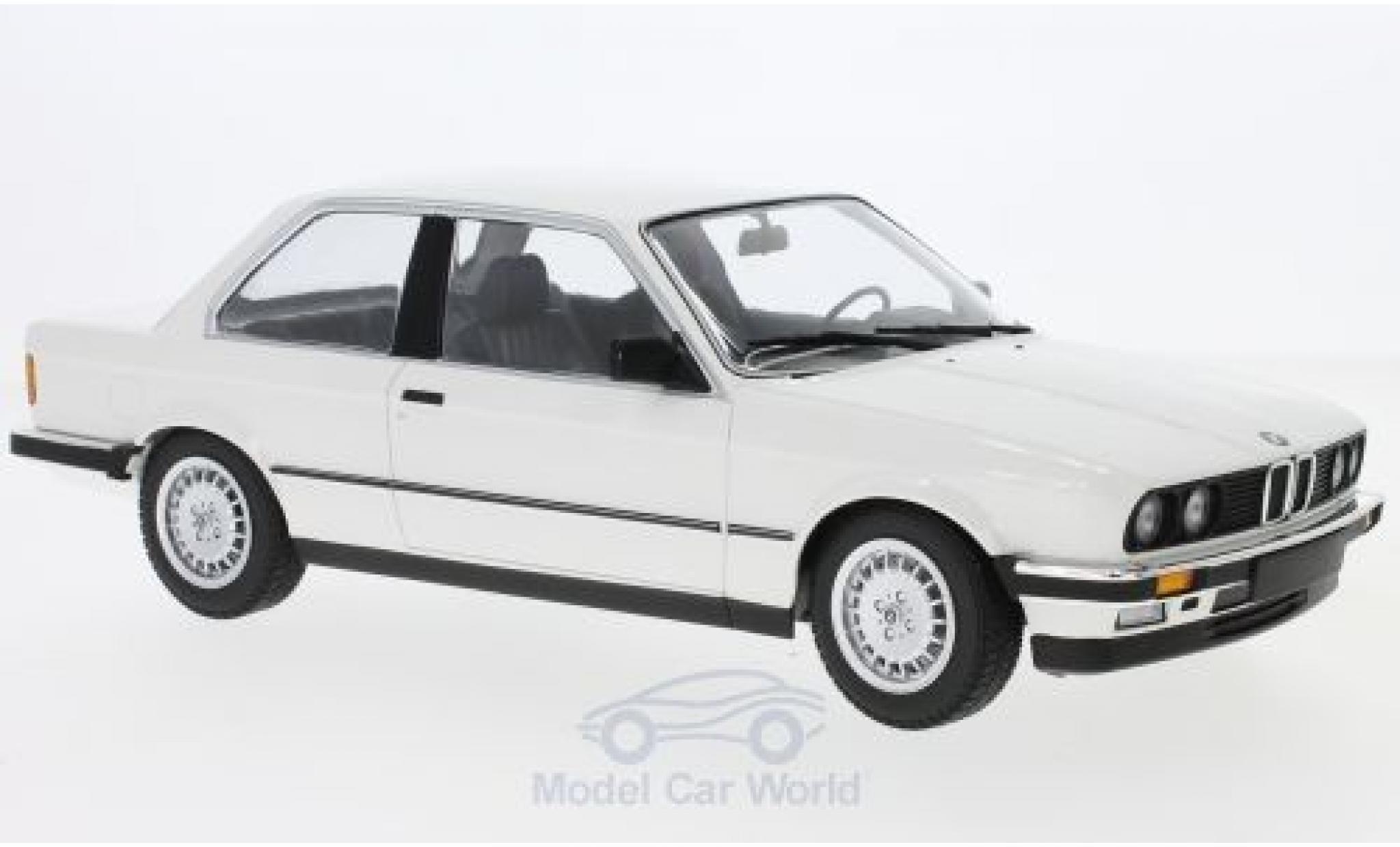 Bmw 323 1/18 Minichamps BMW i (E30) white 1982