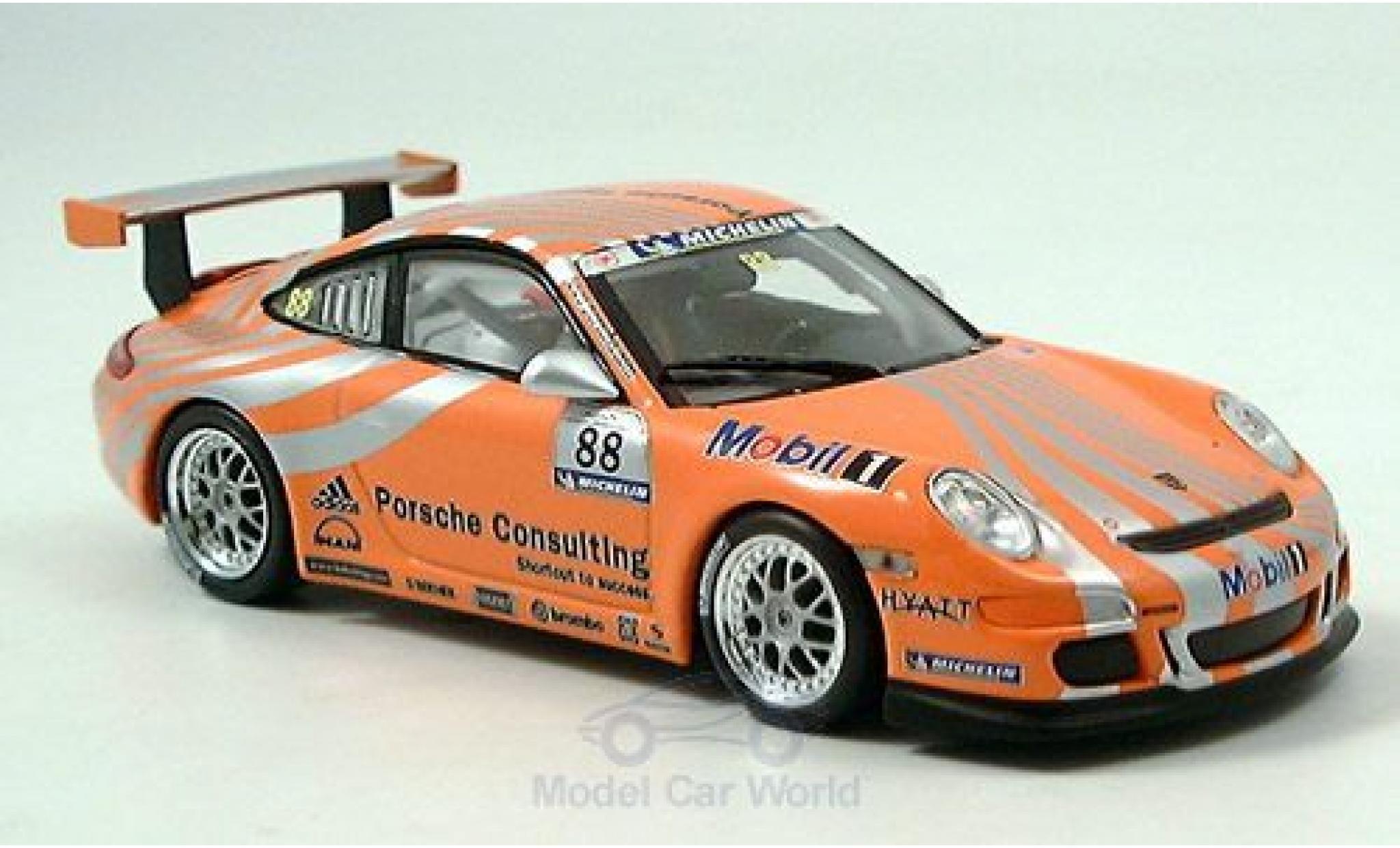 Porsche 997 SC 1/43 Minichamps (997) GT3 Racing orange No.8
