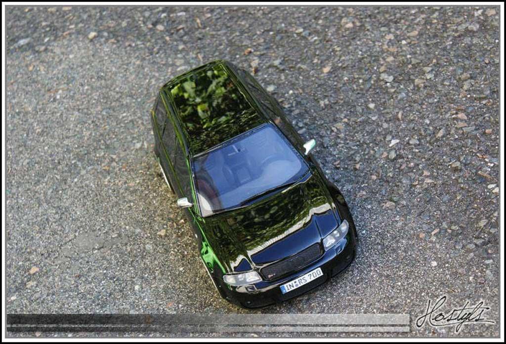 Audi RS4 1/18 Ottomobile B5 Black Edition By MRC