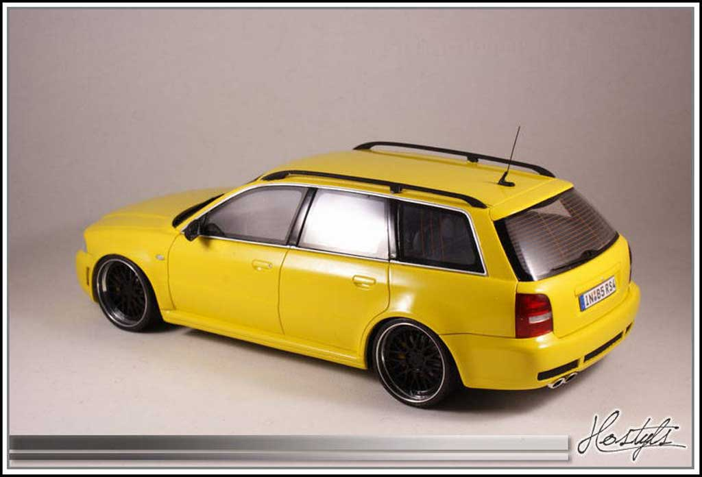 audi rs4 b5 black and yellow ottomobile modellauto 1 18. Black Bedroom Furniture Sets. Home Design Ideas