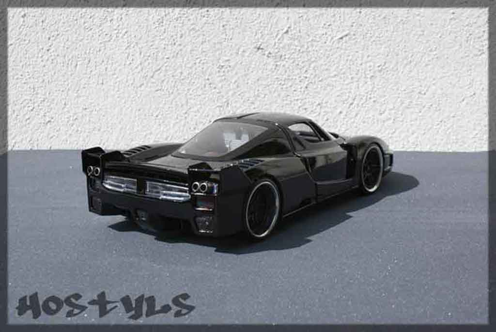Ferrari Enzo FXX 1/18 Hot Wheels street racing black