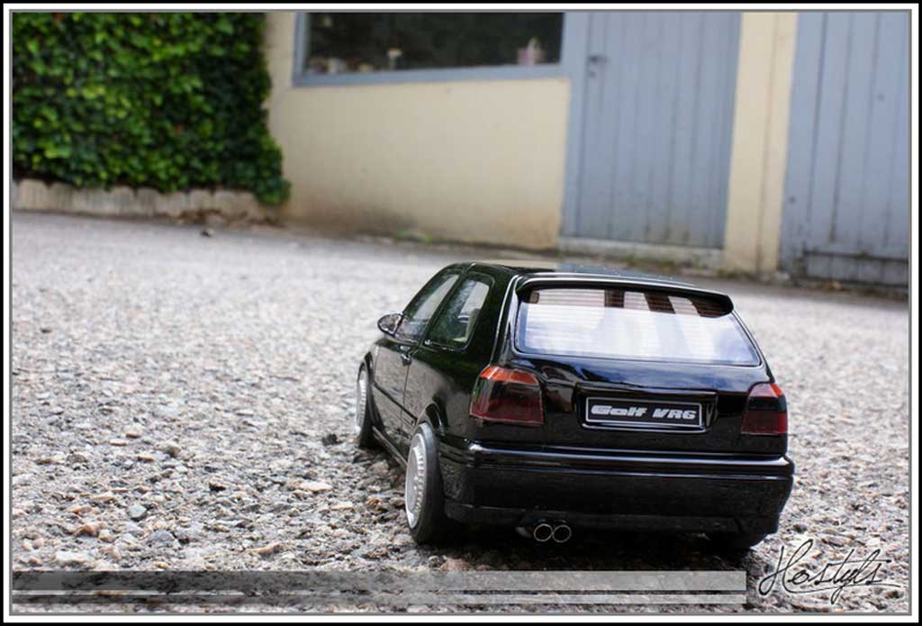 Volkswagen Golf III 1/18 Ottomobile VR6 negro jantes schmidt
