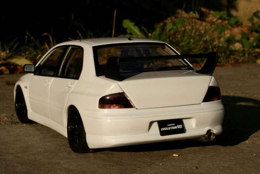 Mitsubishi Lancer Evolution VII street racing inside ...