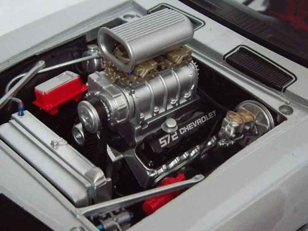 Chevrolet Camaro Z28 1/18 GMP drag racing