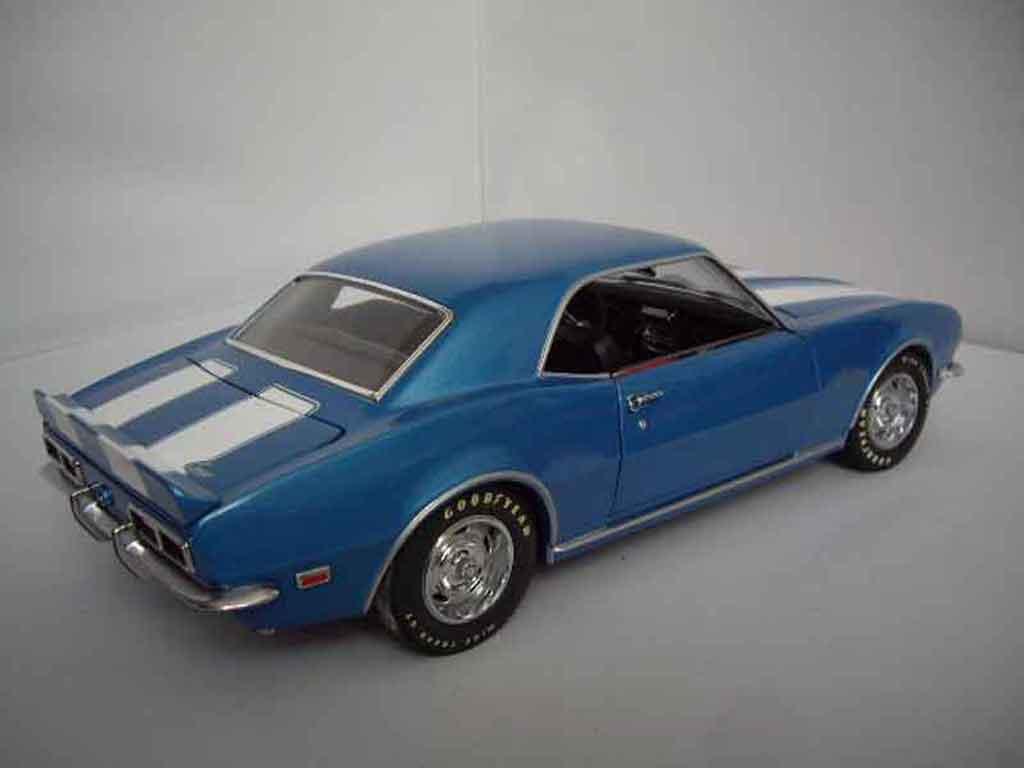 Chevrolet Camaro Z28 1/18 Ertl dz 302 blue 1969