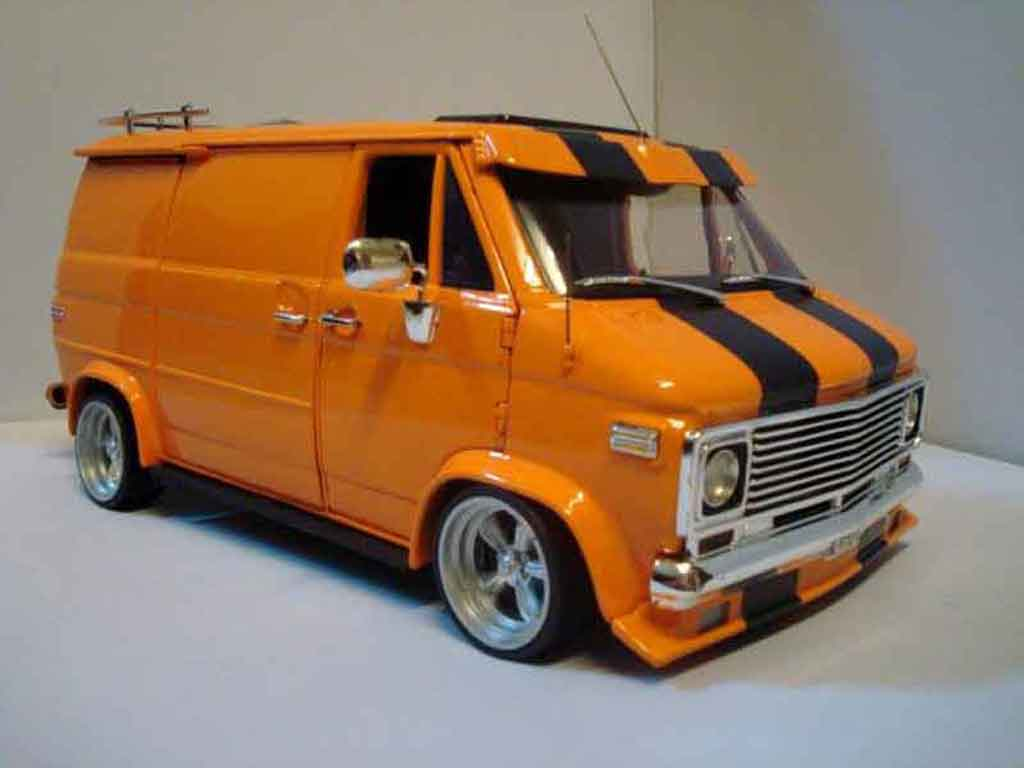 chevrolet van orange highway 61 diecast model car 1 18. Black Bedroom Furniture Sets. Home Design Ideas