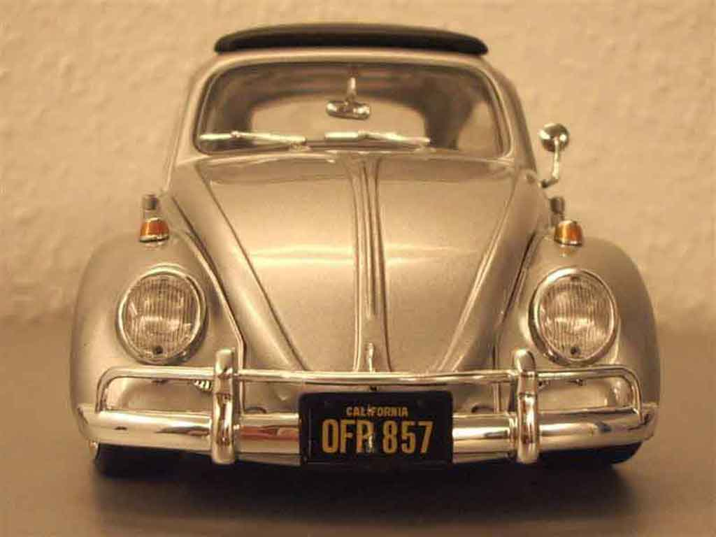 Volkswagen Kafer 1/18 Burago coxinelle grise jantes bords larges tuning miniature