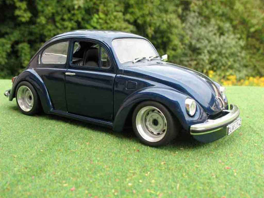 Volkswagen Kafer 1/18 Solido coxinelle bleue foncee tuning miniature