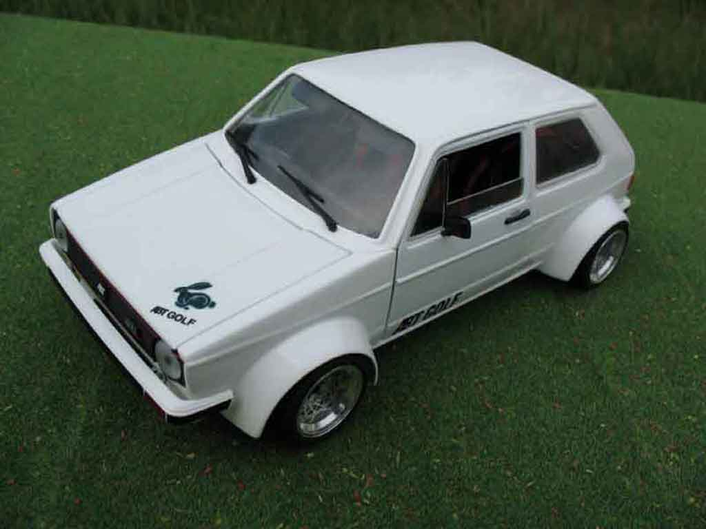 Volkswagen Golf 1 GTI 1/18 Solido kit abt
