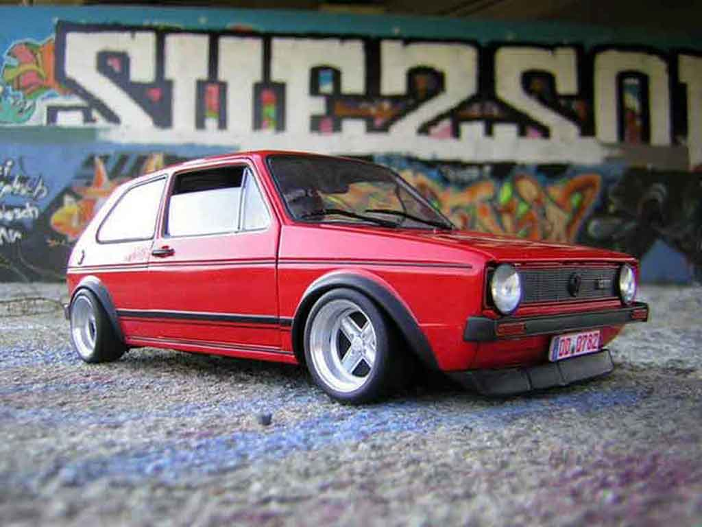 Volkswagen Golf 1 GTI 1/18 Solido rouge jantes 13 pouces tuning diecast model cars