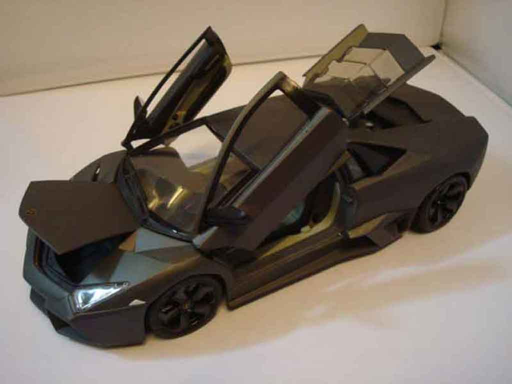 lamborghini murcielago reventon burago modellauto 1 18 kaufen verkauf modellauto online. Black Bedroom Furniture Sets. Home Design Ideas