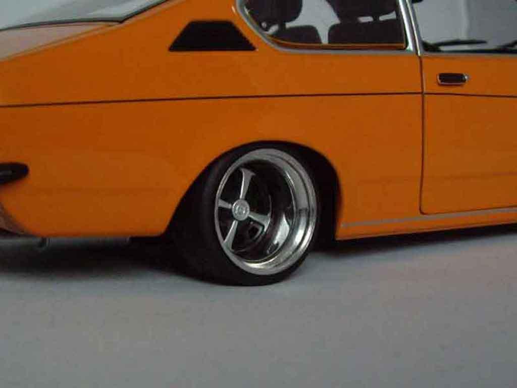 Opel Kadett coupe 1/18 Minichamps coupe sr 1976 naranja